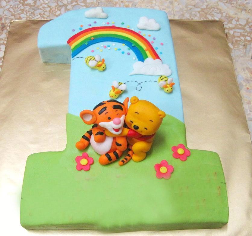 pooh bear 1 year old birthday cake